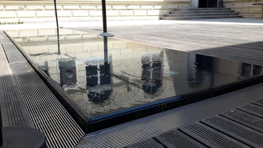 bassin-fontaine-piscine-pierre-montpellier