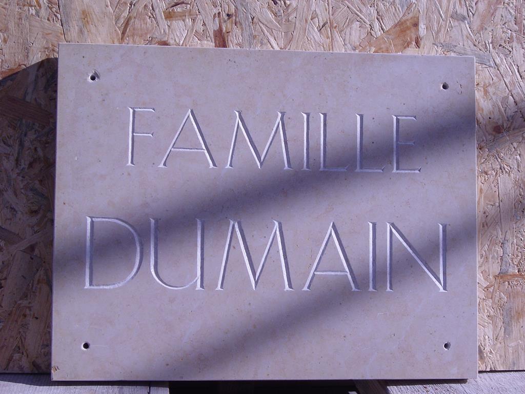 gravure-graveur-pierre-marbre- granit-montpellier-hérault