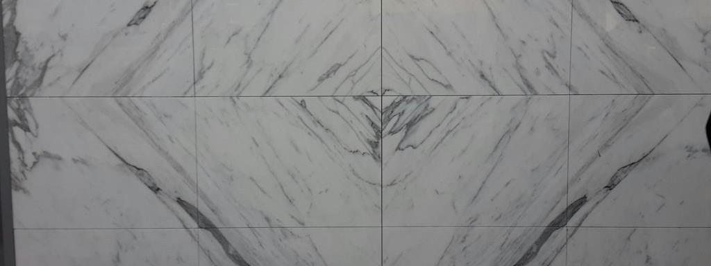 Mur-façade-agrafé-marbrerie-décoration-marbre-marbrier-montpellier-hérault
