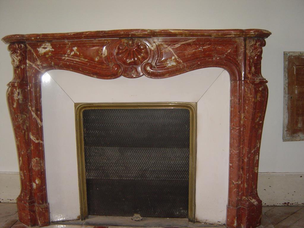 cheminée-marbre-pierre-restauration-réparation-montpellier-hérault