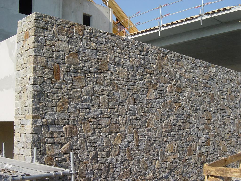 marbrerie-marbbrier-taille-tailleur-mur-pierre-sèche-montpellier-hérault