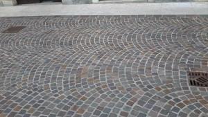 revêtement-sol-pavage-pierre-marbre-granit-montpellier-hérault Pavage porphyre en queue de paon Montpellier